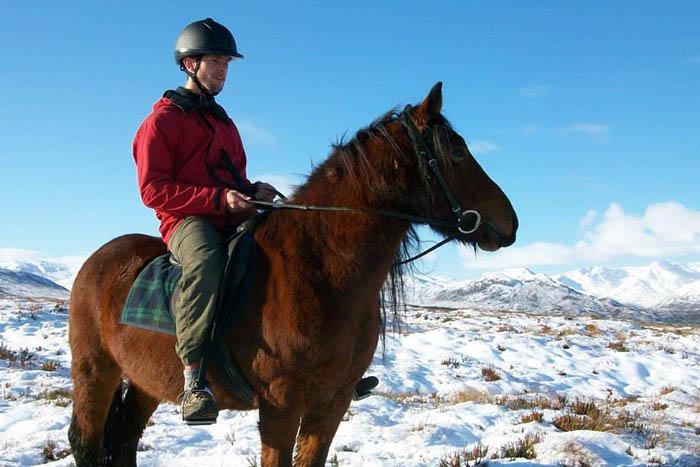 highland winter pony trekking at Eagle Brae